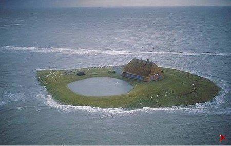Дача с бассейном...не далеко от моря