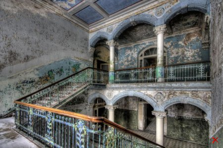 Заброшенный военный госпиталь в городе Белиц, Германия